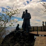 Charles Darwin statue at Punto Corona