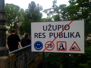Welcome to Uzupio! Rules are smiling, moving a max 20 kph, being creative and happy!