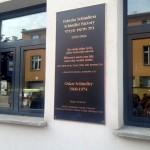 Plaque memorializing Oscar Schindler